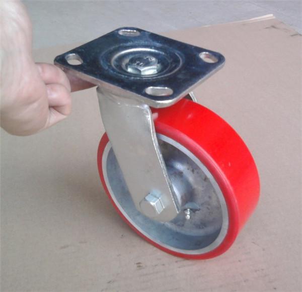安装重型脚轮需用螺栓螺母吗?